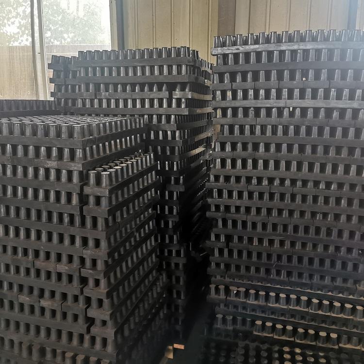 钉型抗震橡胶板